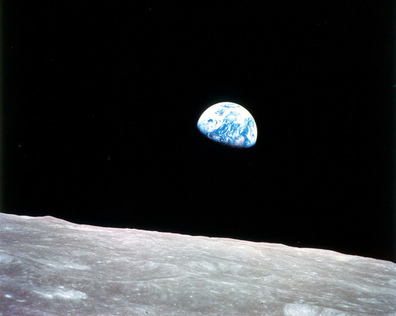 Earthrise Photo - Apollo 8